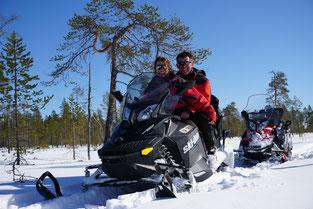 Snowmobile tour in Lapland
