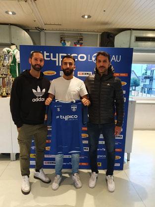 Bilal Gümüs (Mitte) mit Cheftrainer Rifat Sen (links) und Co-Trainer Murat Coskun (rechts)