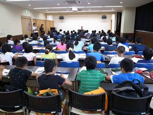 岡山市立加茂小学校の研修(語り部の話)