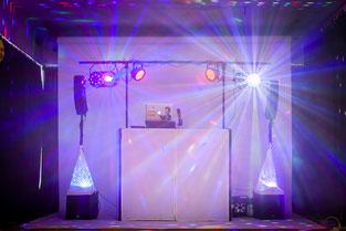 DJ Pult für Hochzeit