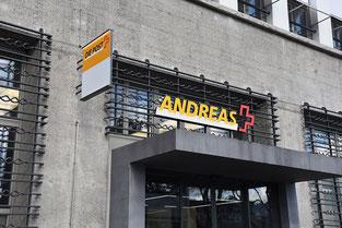 Sogar die Sihlpost in Zürich wurde für die «Meine-Post»-Kampagne individuell beschriftet.