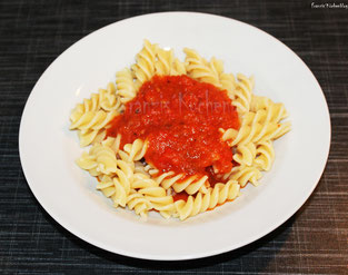 Tomaten-Paprika-Soße