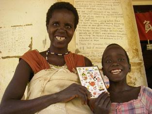 Aweko Babra(3).進境著しく、叔母さんと一緒に、この笑顔!!