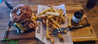 Uhrwerk Restaurant Phantasialand Burger Charles Lindbergh Brühl Freizeitpark Themepark