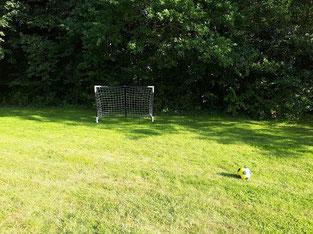 gite et chambre d hotes famille oise avec aire de jeux dans grand jardin