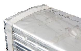 Aufgeblähte Lipo-Batterie.  Vorsicht: evenutell austretende Gase sind brennbar!