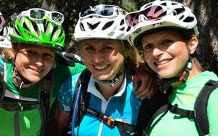 Orga-Team (v.l.): Andrea Hahn (BikeAgentur), Judith Lell (GRT.de), Patricia Roth (BikeAgentur) © Nina von Kettler