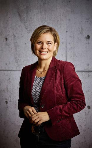 Julia Klöckner, CDU-Landesvorsitzende von Rheinland-Pfalz, wird am Ring in die Pedale treten ©Pressebild