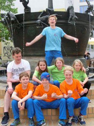 Patrick, Aaron, Lene, Till, Lentje, Johann, Janne-Nell und oben Levin