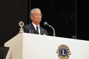 CAB幹事として年次報告をするL.窪田明規夫