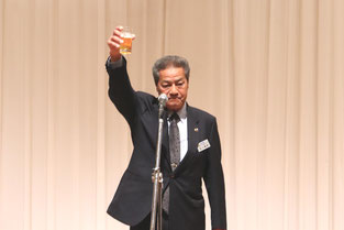 第一副会長 L.谷口 義則