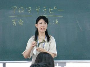 講話をしてくださった宮崎先生。とても優しく分かりやすくお話してくださいました。