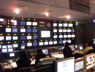 テレビ局の放送室
