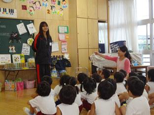 各教室に分かれ、自己紹介しました