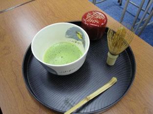 渡会先生がご用意してくださったお抹茶のセット