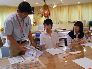 所長さんから献血についての説明を伺いました。