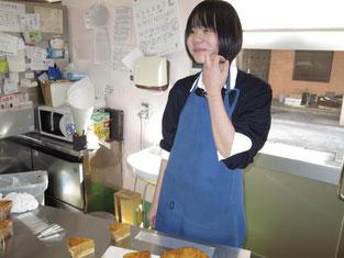 これから楽しみなケーキ作りを行います。