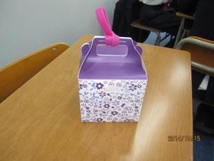 お土産のドギーバッグBOXを組み立ててみました