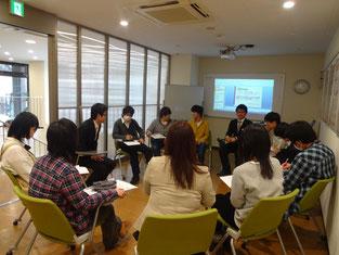 イベントスペースでインタビュー座談会を実施し、学びを深めました