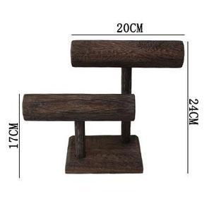 exhibidor pulsera de madera $230
