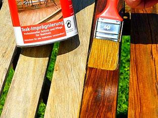 Teil-imprägnierter Tisch mit Bergotec Teak-Imprägnierung nach der Reinigung mit Bergotec Teak-Reiniger/Entgrauer