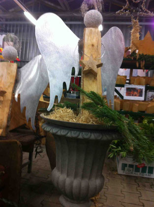 Engel mit Aluflügel