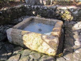 加賀野八幡神社自噴井戸