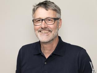 Ruedi Schwitter, GLP,  Näfels, bisheriger Gemeinderat. auch in den Startlöchern.