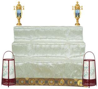 霊前灯と祭壇