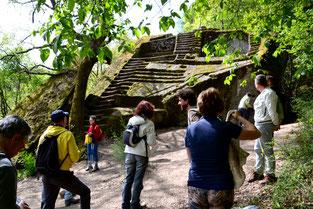 OmoGirando la Piramide Etrusca