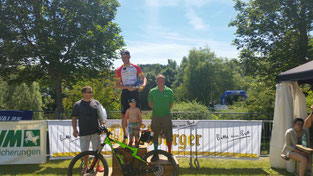 Zweiter Platz für die e-motion e-Bike Welt Saarbrücken beim Erbeskopfmarathon