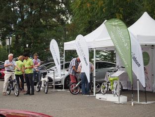 e-motion Frankfurt auf dem Tesla-Sommerfest mit e-Bikes von Mando Footloose und Stromer