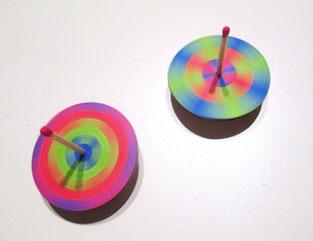 mélange de couleurs toupies créatives