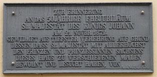 Die bronzene Gedenktafel m Knoblochschen Haus (ca. 1 m x 0,5 m)