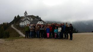 Am Bild Obmann Reinhold Pirker mit Vorstandsteam und Mitgliedern desRC Mondi Frantschach (Foto: PRIVAT)