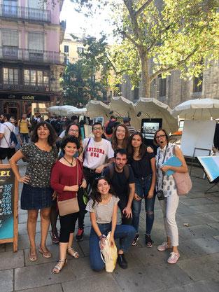 Fotos de grup amb Marina Espasa (esquerra) i Maria Nunes (dreta)