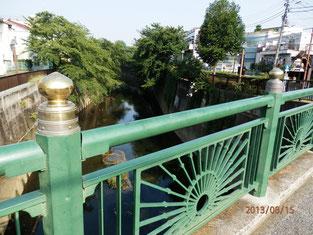 擬宝珠は格式の高い橋に用いられる