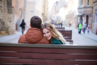 Wie das Date im Online-Dating ausmachen?