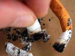 Schluss für immer: Vor allem das Verändern von Gewohnheiten kann Rauchern beim Aufhören helfen. Foto: Oliver Berg