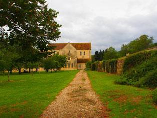 eine mächtige Mauer umgab das gesamte Kloster-Areal