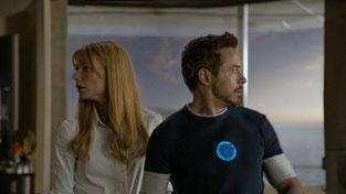 Pour Gwyneth Paltrow et Robert Downey Jr, l'amour ce n'est pas toujours regarder dans la même direction (©Walt Disney)