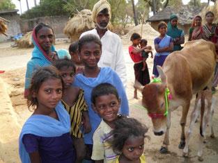 ラフナガール村 乳牛の貸付