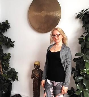 Ich in meiner Ausbildungsschule Vision Yoga Mandiram in München - Copyright Tanja Schöffmann Yogalehrerin Samastah Yoga