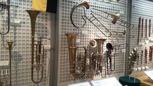 昔の金管楽器です