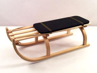 schwarzes Sitzpolster aus Zellgummi für Schlitten