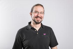 Ivan Strimer von der Firma Brasser AG in Zizers bei Chur, Tontechniker und Berufsbildner