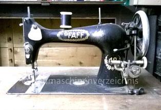 Pfaff 12, Bogenschiffchen-Geradestichnähmaschine, Fußantrieb, Baujahr ca. 1916, Hersteller: G. M. Pfaff AG, Kaiserslautern (Bilder: M. Fries)