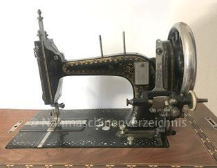 Gritzner 1, Flachbett-Nähmaschine mit Langschiffchen, Pedalantrieb, Hersteller: Gritzner-Werke, Durlach (Bilder: T. Kling)