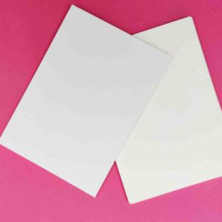 Für Grußkarten: A 6 Format in Creme und Reinweiss