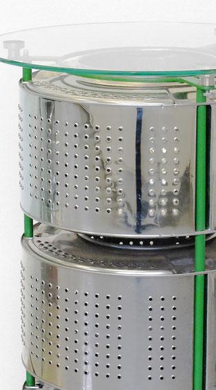 Bistrotisch aus drei Waschmaschinentrommeln